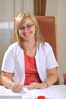 Dr. Dana Ignat